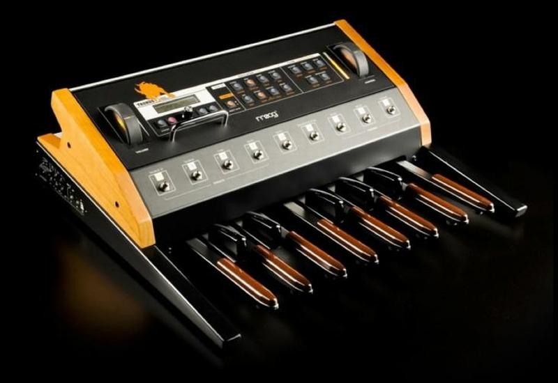 Moog stellt das Taurus Basspedal ein – die letzten 4!