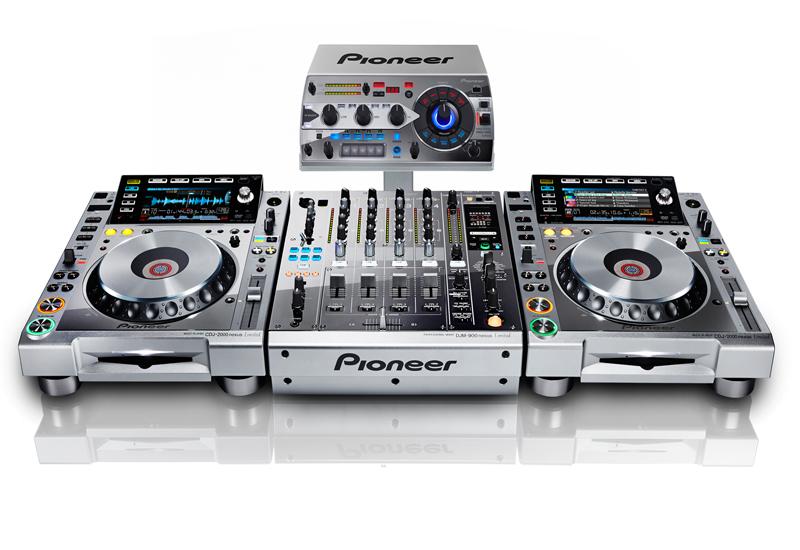 NAMM SHOW 2013 – PIONEER präsentiert die limitierte Platinum Collection