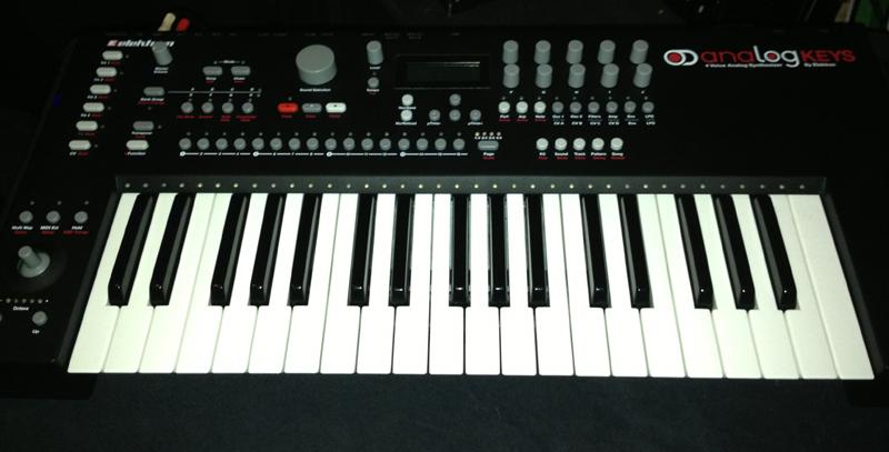 Elektron Music Machines stellt neuen Analog Synthesizer Analog Keys vor