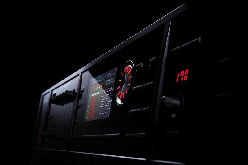 Endlich: Neue Roland Synthesizer FA-06 und FA-08 zur NAMM 2014