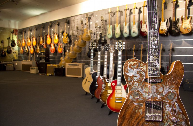 MUSIC STORE Custom Gitarren Shop