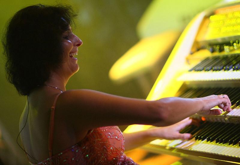 Claudia Hirschfeld + Horea Crishan Konzert