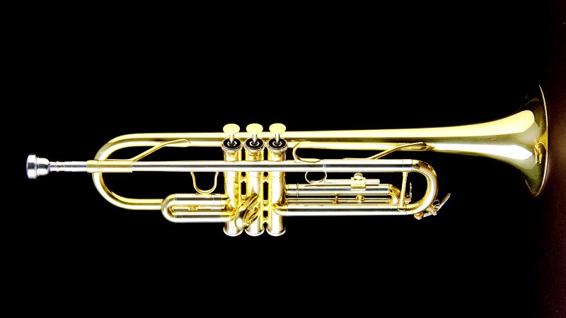 Monzani MZTR-133L Bb Trompete für Einsteiger
