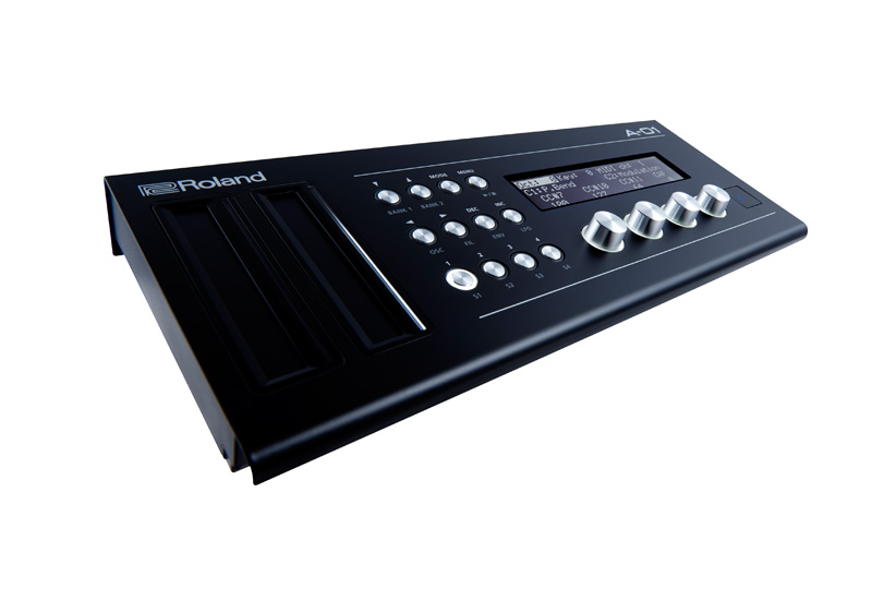 NAMM Show 2016 – Roland A-01 Controller + Soundgenerator