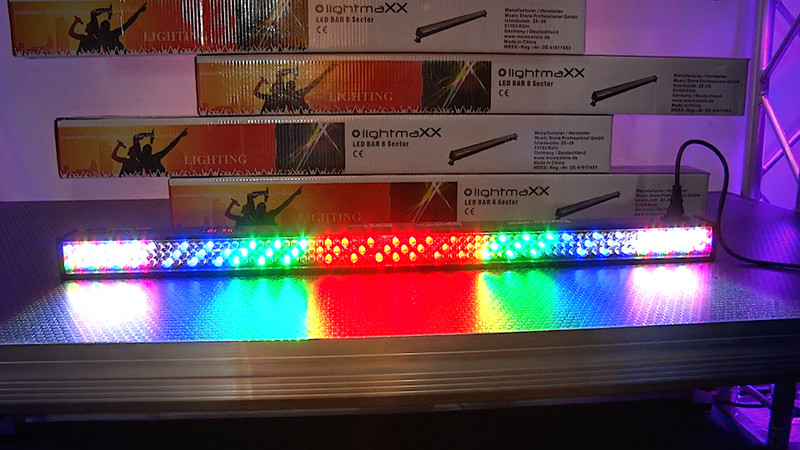lightmaXX LED BAR 8 Sector mit 240 RGB LEDs
