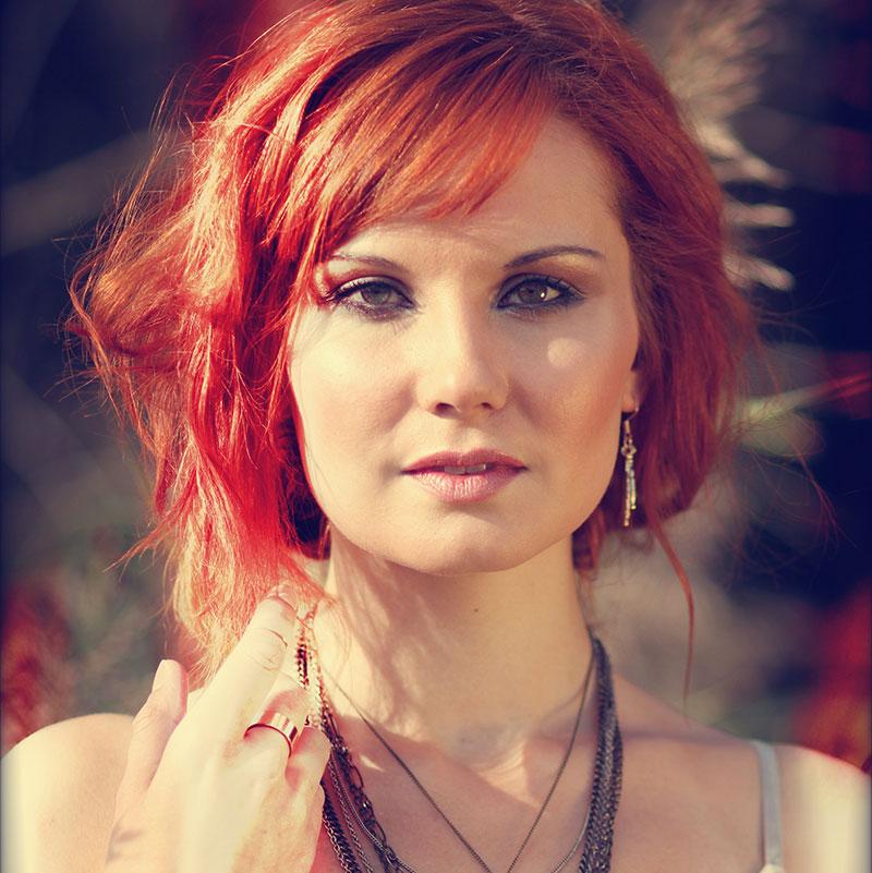 Sarah Straub: RED