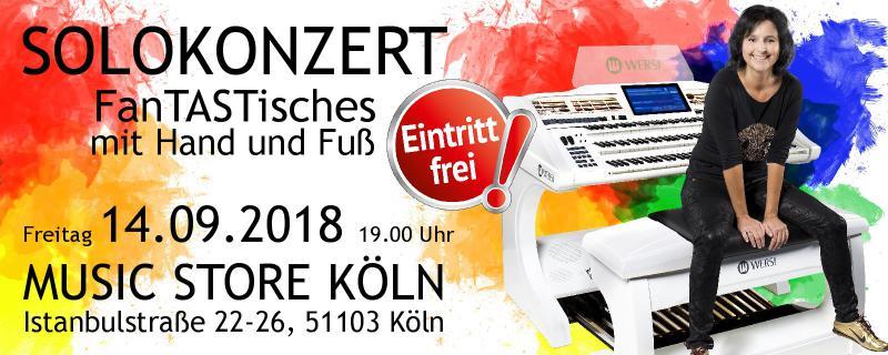 Claudia Hirschfeld Live im Kölner Music Store