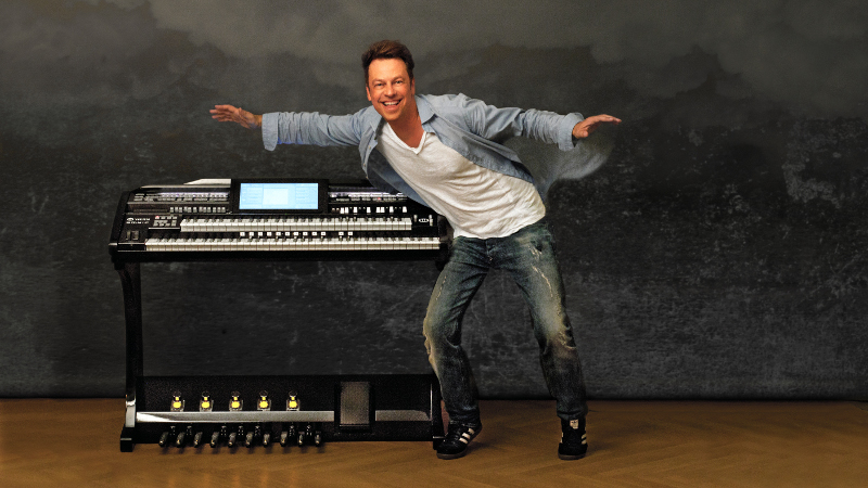 ROBERT BARTHA Live-Konzerte & WERSI OAX-Demos