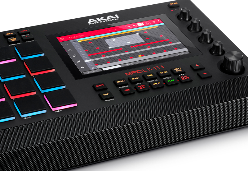 AKAI Professional – MPC Live II
