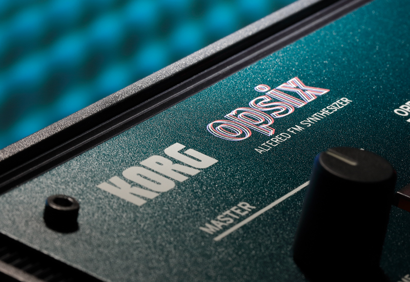 "Korg opsix – der ""Altered FM Synthesizer"""